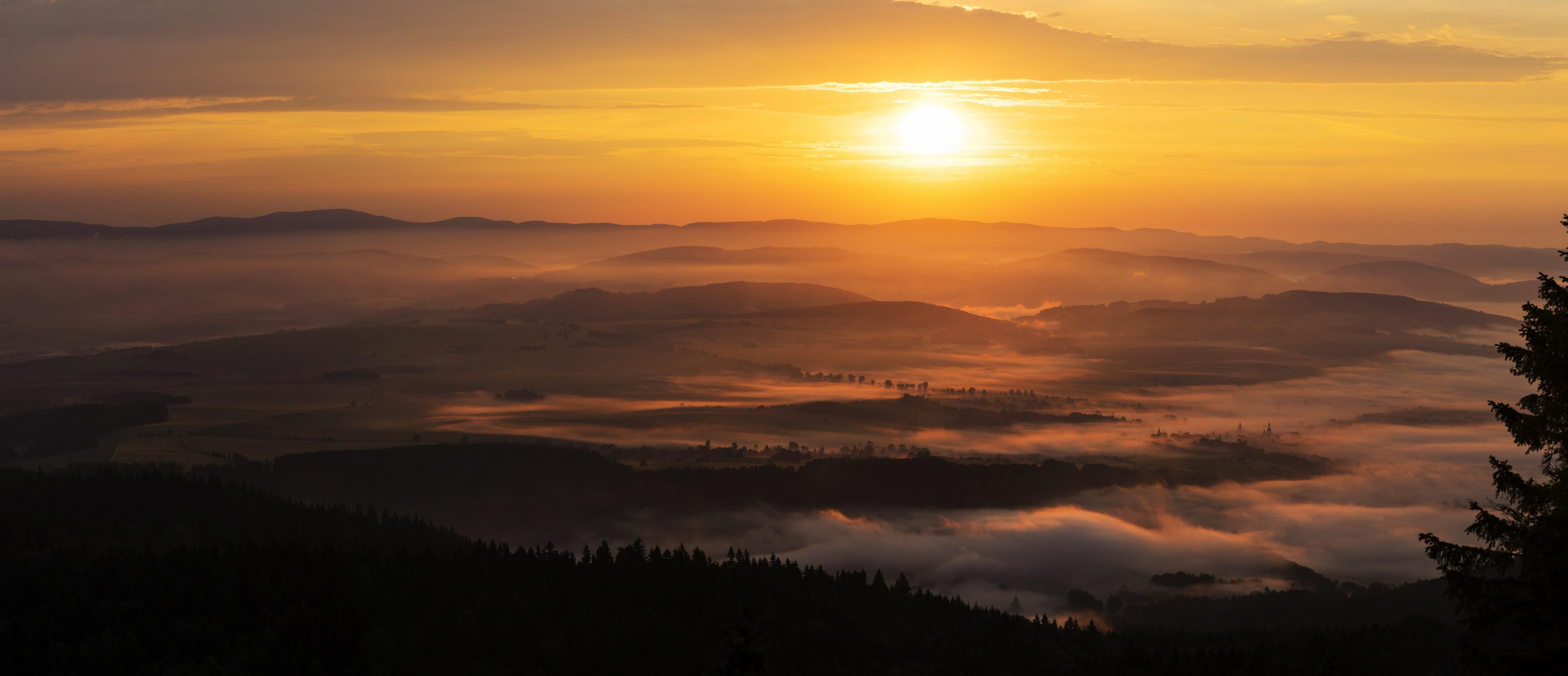 Szczeliniec Wielki - wschód słońca