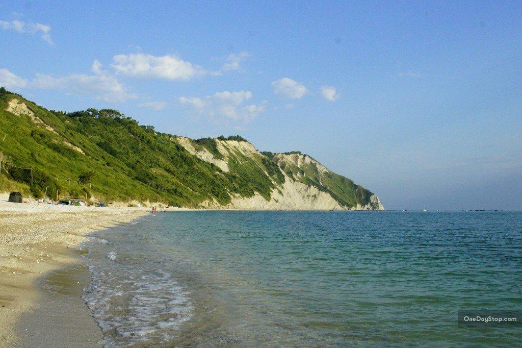 Ustronne plaże Portonovo
