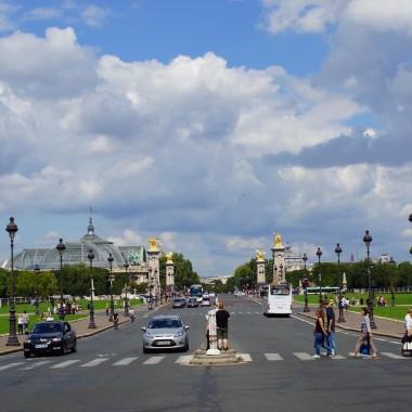 Avenue du Maréchal Gallieni, Paris