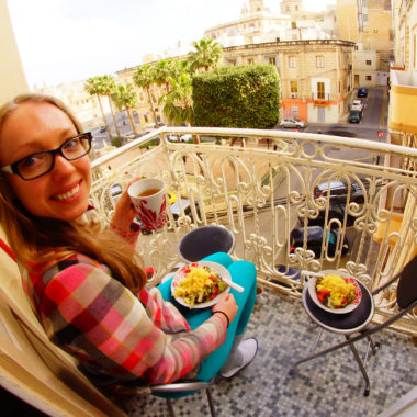 Śniadanie na balkonie - Valetta, Malta