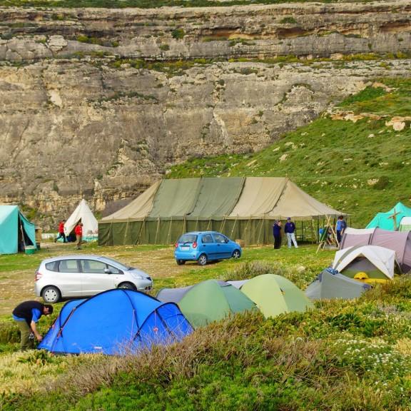 Świetne miejsce do rozłożenia namiotu - Dwejra /Gozo