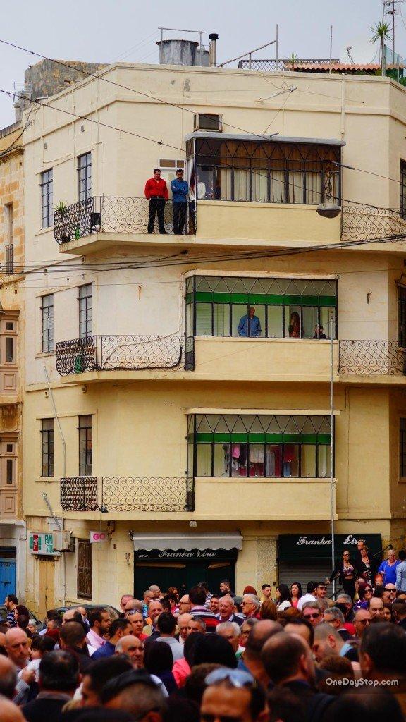 Loże dla VIP z widokiem na miejsce spotkań - Victory Square (Misraħ ir-Rebħa)