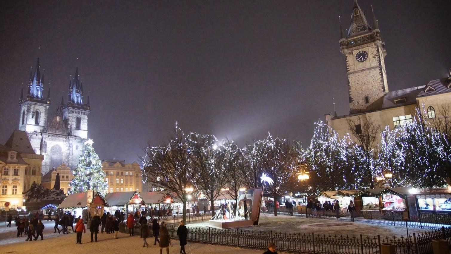 Rynek w Pradze zimą
