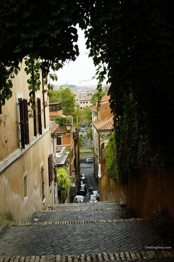 Zejście w kierunku Watykanu
