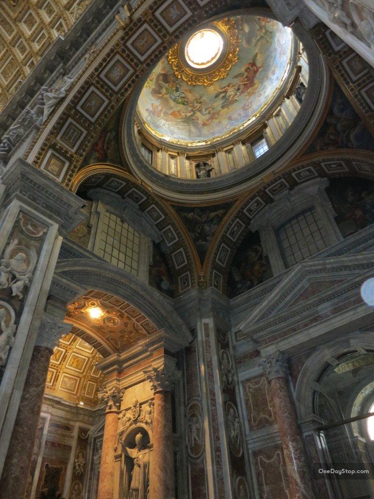 Bazylika Świętego Piotra, Watykan
