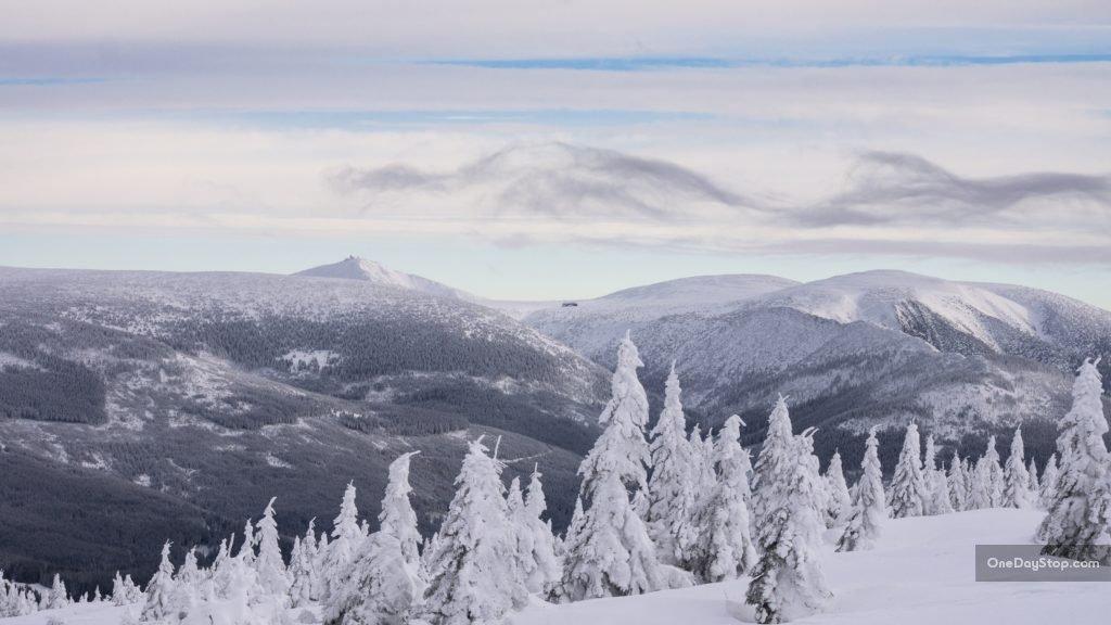 Śnieżka z Vrbatowej Boudy