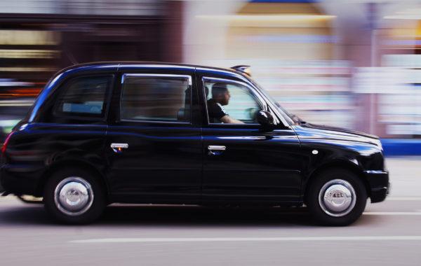 panning - london taxi