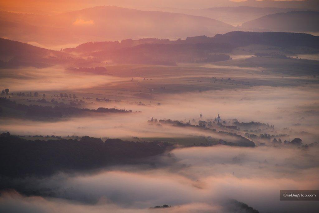 Poranne mgły i Radków