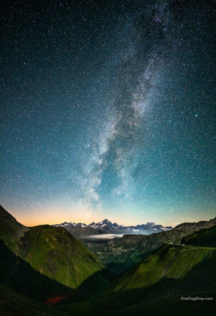 The Swiss Alps by night - Milky Way