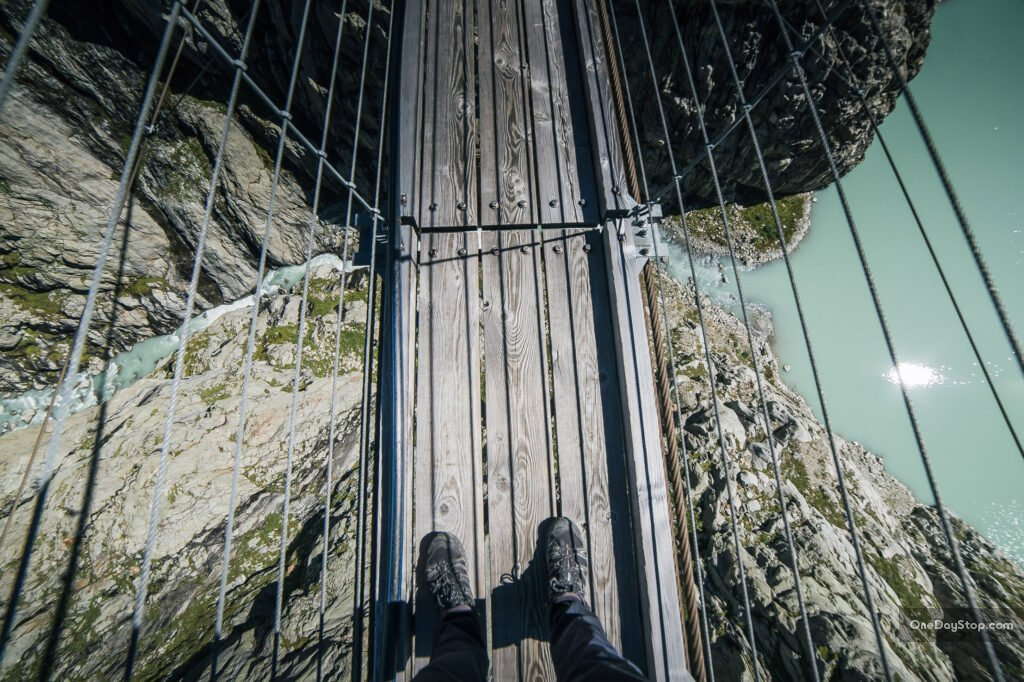 Triftbrucke - most wiszący w Szwajcarii