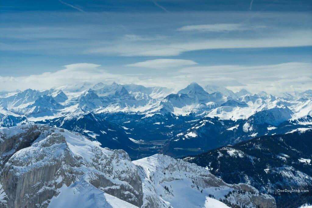 Widok z Pilatusa na Alpy Szwajcarskie